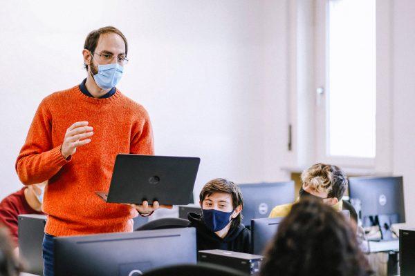 immaginazione-e-lavoro-aula-corsi-tutor