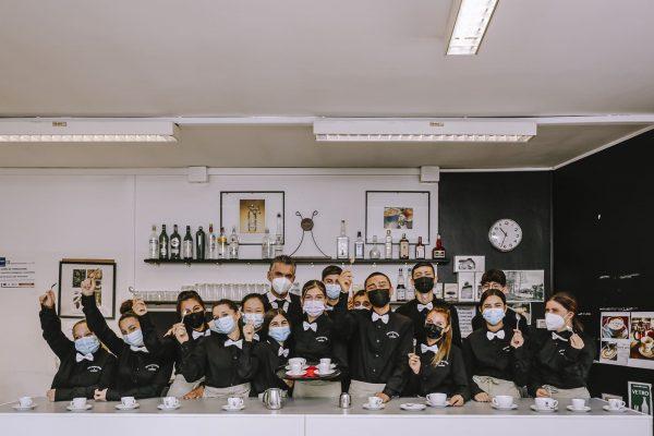 operatore ristorazione sala bar: classe di studenti