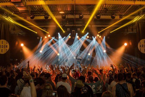 ELEMENTI ORGANIZZAZIONE EVENTI FESTE: discoteca