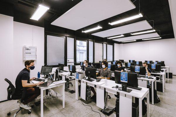 tecnico sviluppo software java: lezione in classe