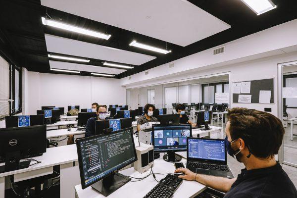 lezione di informatica: Tecnico di Sviluppo Software PHP