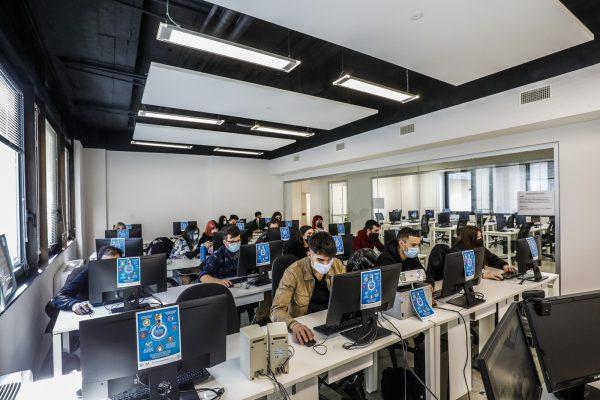 informatica per ufficio: corsi giovani