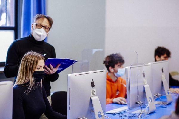 operatore grafico ipermediale: studenti