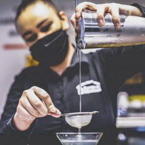 corsi per adulti: bartender